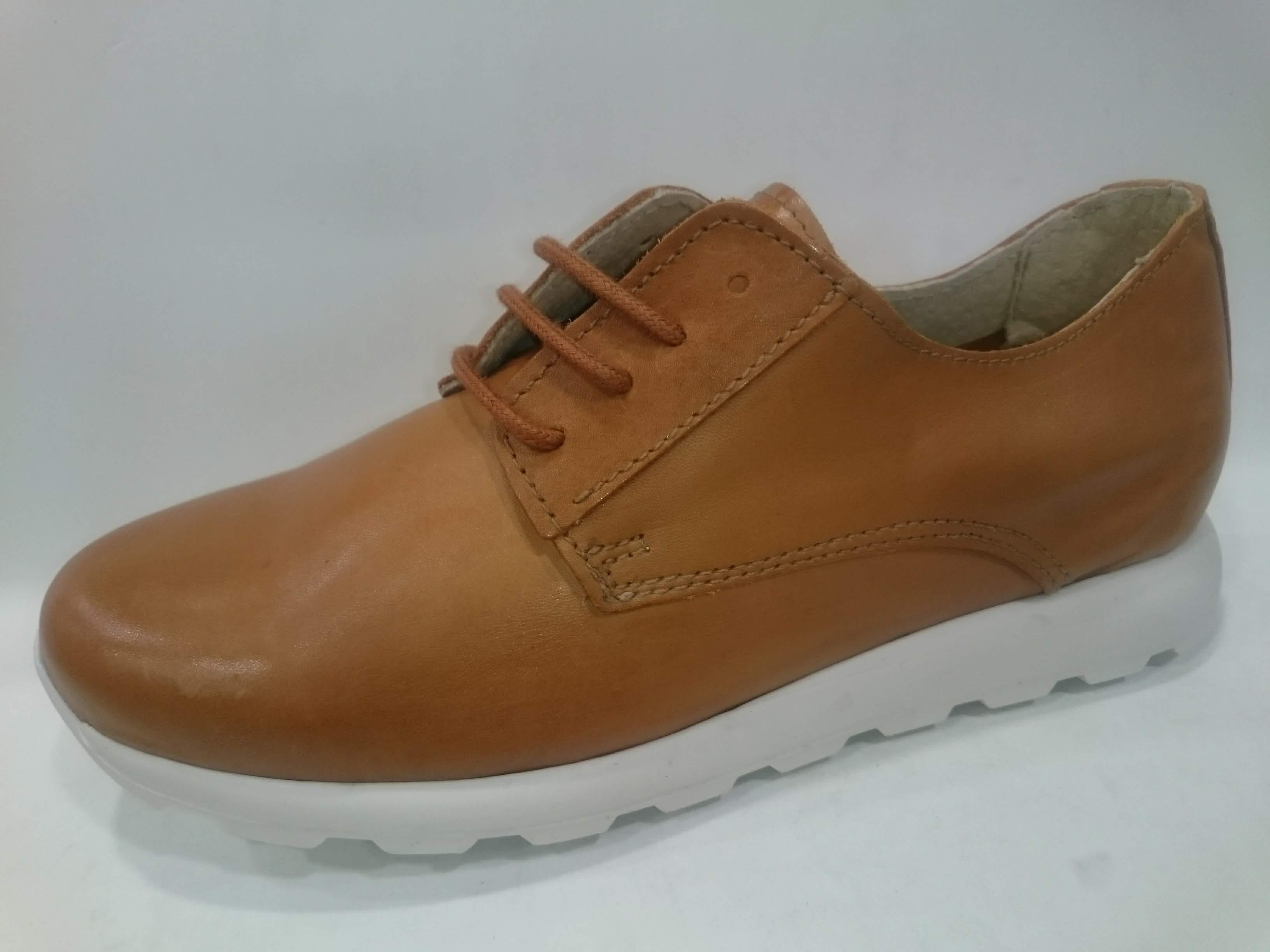 Zapato piel liso cordón Bran´s